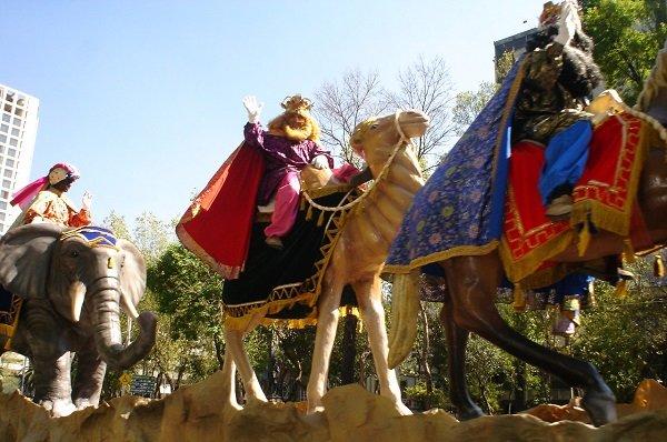 Todo sobre la cabalgata de Reyes en Valencia 2017