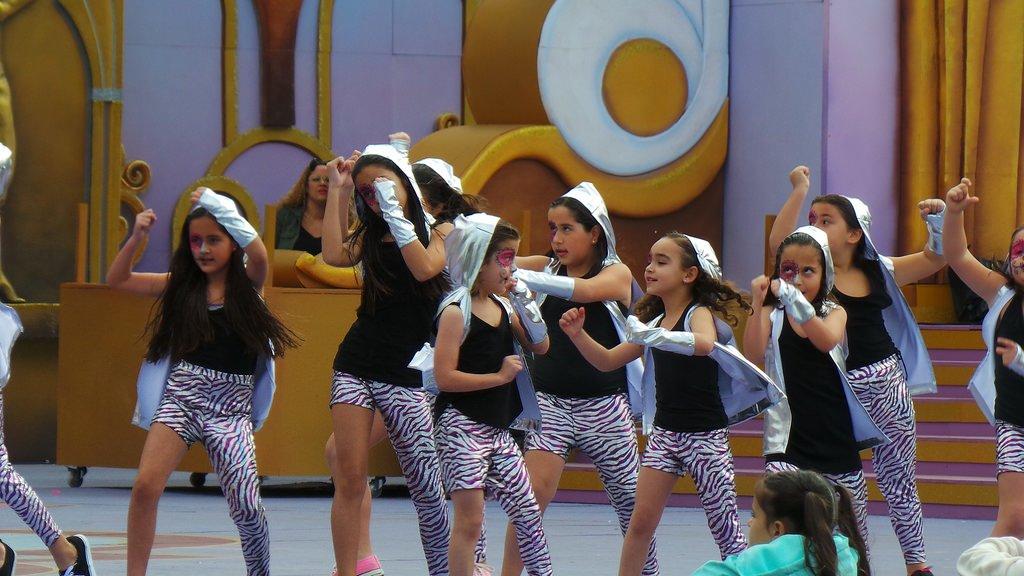 Fiestas infantiles de Carnaval a domicilio-Como reducir los costos del evento